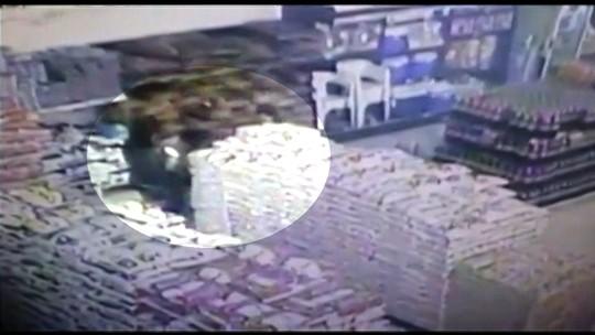Avó e neta são presas suspeitas de furto em supermercado de Itumbiara, GO; vídeo