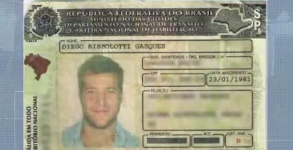 Ex-BBB Diego Alemão deixa a cadeia após pagar fiança de R$ 7 mil, em Curitiba