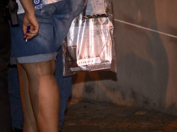 Arma usada pelo atirador para matar família (Foto: José Braz/ EPTV)