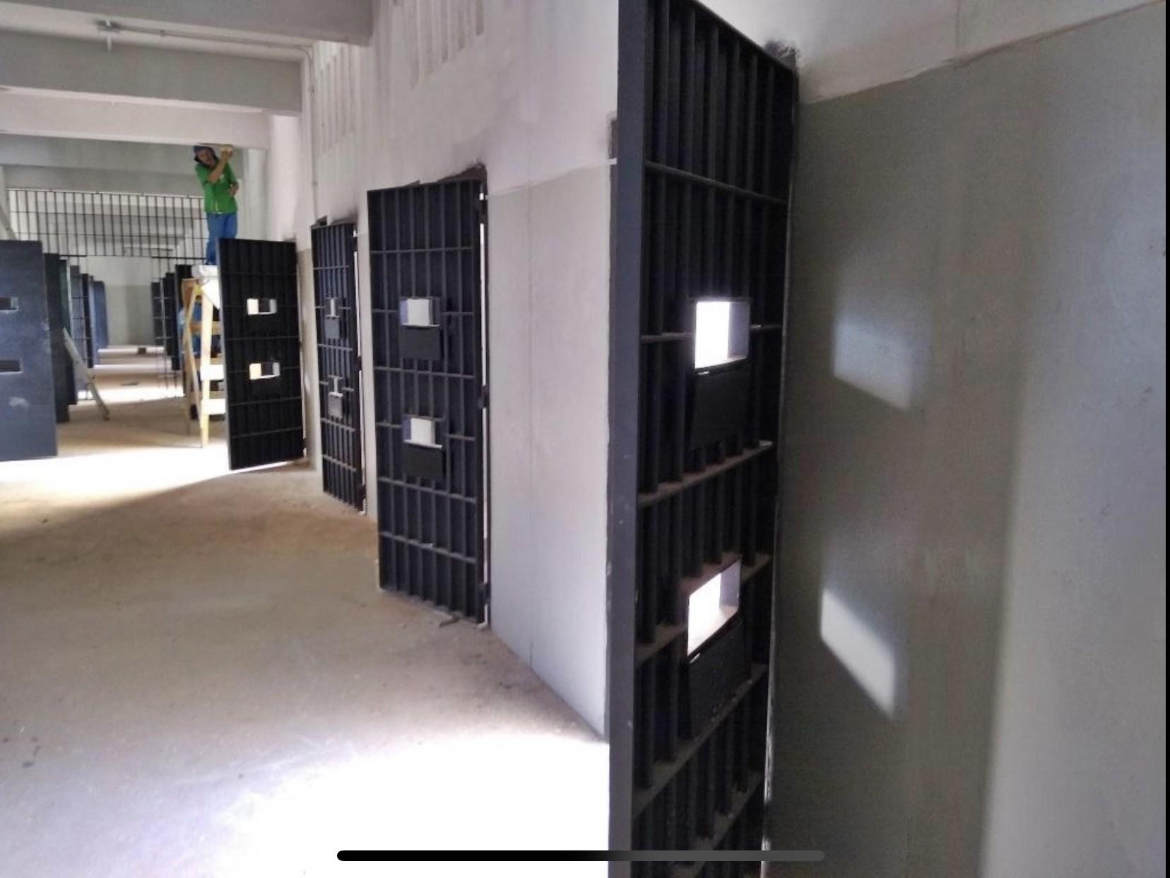 Presídio de segurança máxima vira hospital de campanha para presos com Covid-19 no Ceará