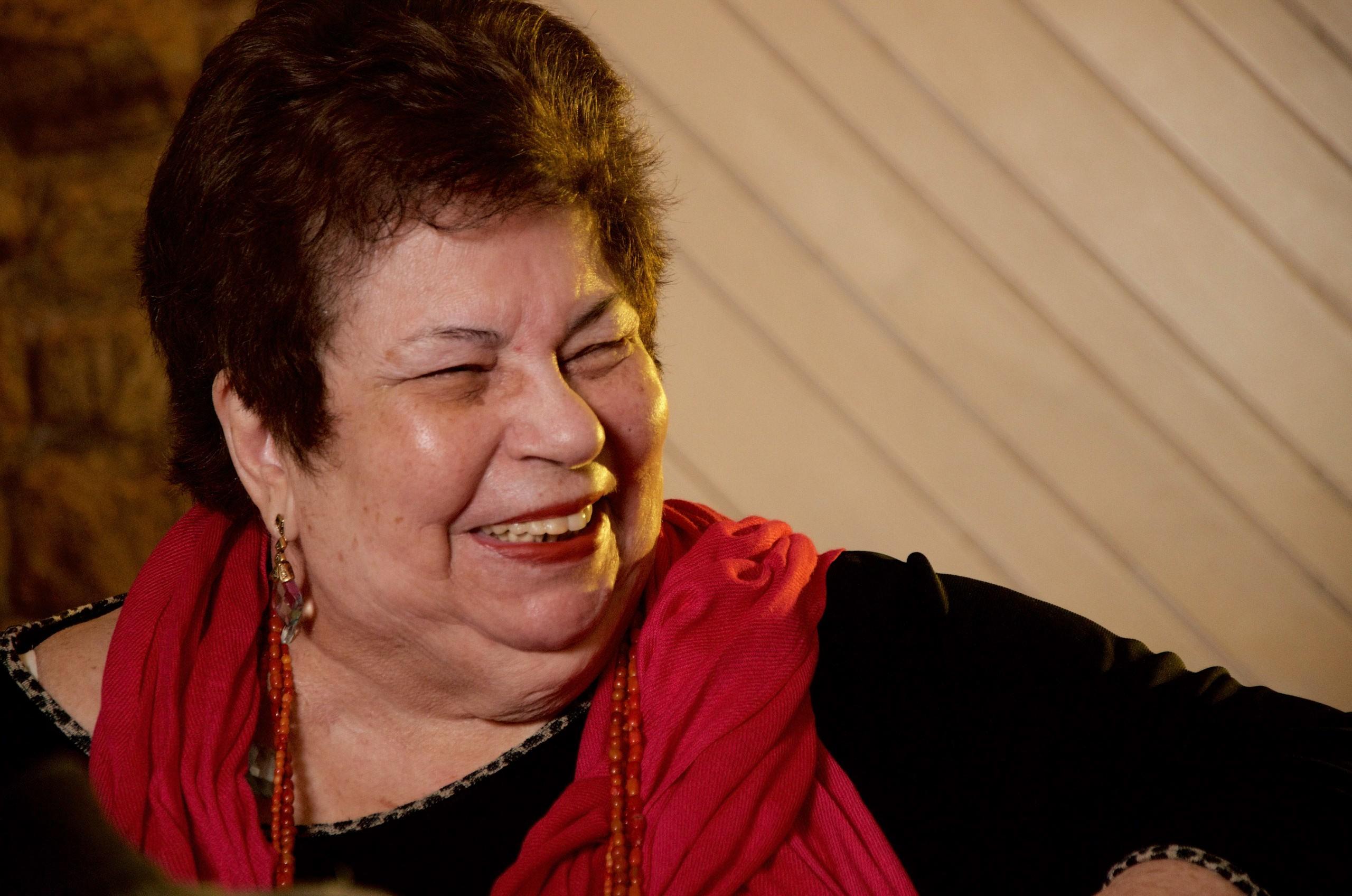 Nana Caymmi se afina com o tempo eterno das canções de Tom Jobim e Vinicius de Moraes