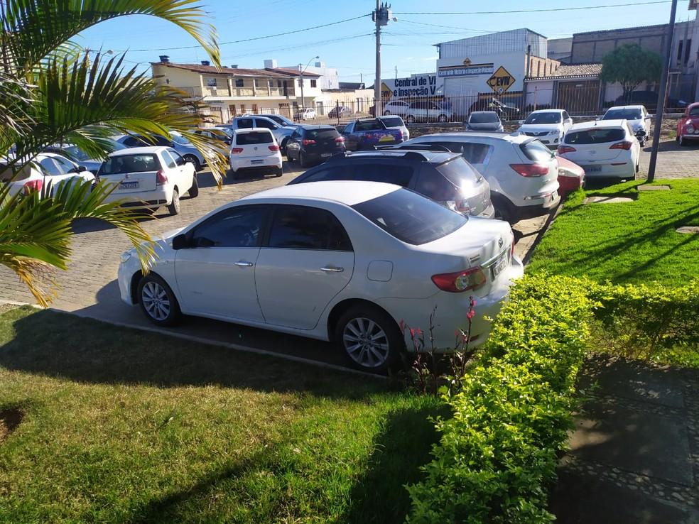 Homem é preso suspeito de estuprar mulher dentro de veículo no sudoeste da Bahia — Foto: Polícia Civil/Divulgação