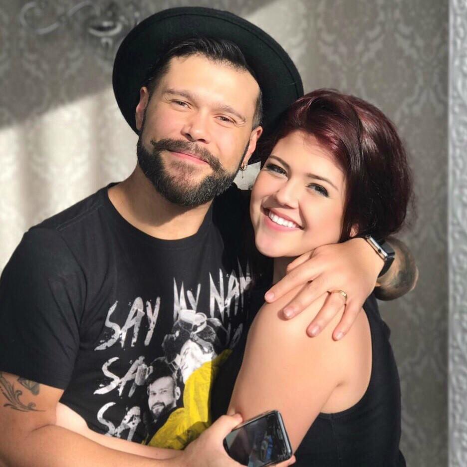 Marcos e a filha, Larissa: talento pra msica passou de pai pra filha (Foto: Reproduo/Instagram)