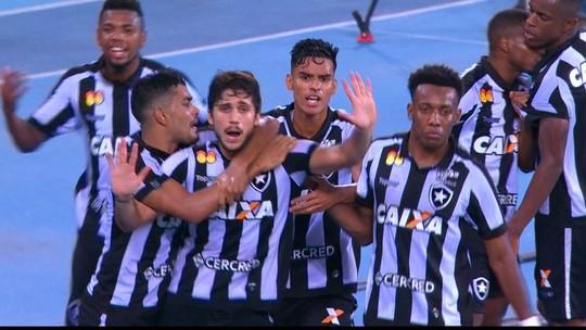 Igor Rabello minimiza vaias e diz que sabia que faria gol para João Paulo