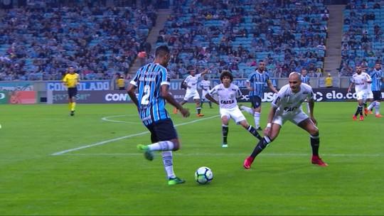 """Após estreia, Marinho busca evolução para dar """"dor de cabeça"""" a Renato no Grêmio"""