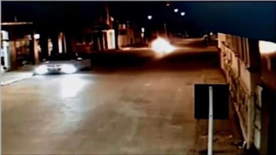 Motociclista tem quase 60% do corpo queimado após acidente entre motos em Bambuí