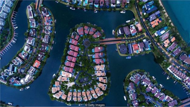 Cingapura gasta SGD$ 120 milhões (R$ 328 milhões) por ano na limpeza de espaços públicos (Foto: Getty Images via BBC News Brasil)