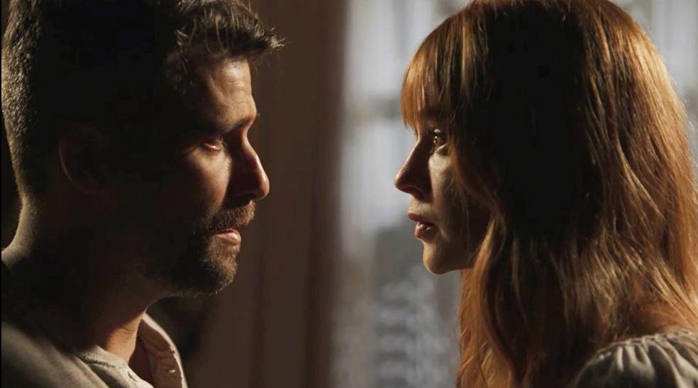 Luz fica arrasada quando Gabriel decide ir embora — Foto: TV Globo