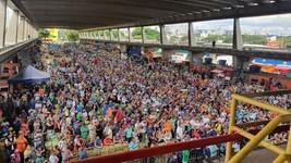 Bolsonaro reúne multidão; Doria rebate ataque (Marina Pinhoni/G1)