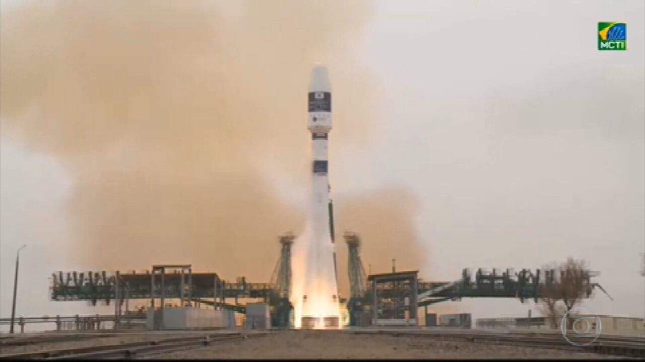 Satélite brasileiro que vai monitorar sistemas de comunicação e energia já está em órbita
