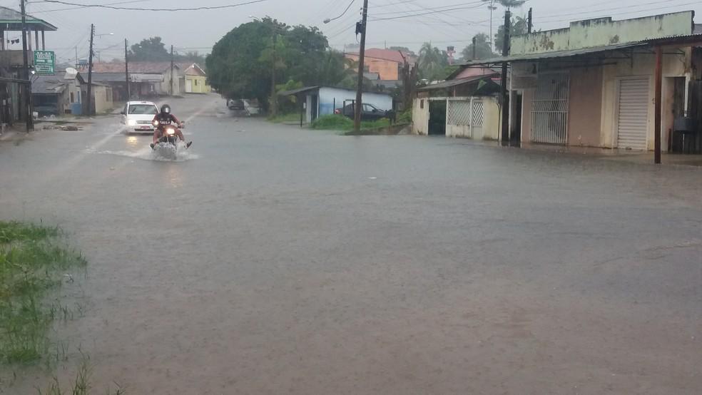 Normalmente nos primeiros meses do ano o volume de chuvas registrado é de 250 a 350 milímetros (Foto: Jéssica Alves/G1)