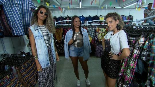 No 'Expresso', estudantes de moda garimpam peças de R$ 12 e montam looks para o São João
