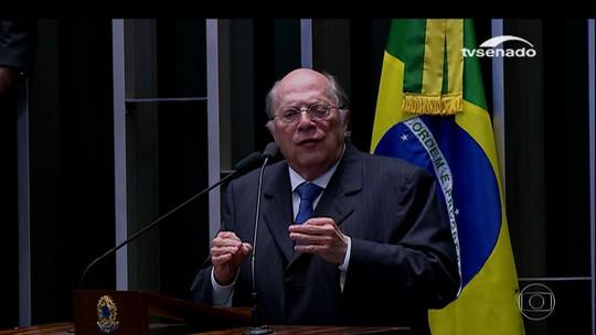 Decisão do PSDB de permanecer no governo Temer divide tucanos