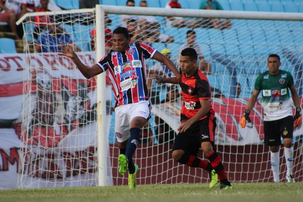 MAC e Moto iniciam a busca por uma vaga na final do Campeonato Maranhense (Foto: Lucas Almeida / L17 Comunicação)