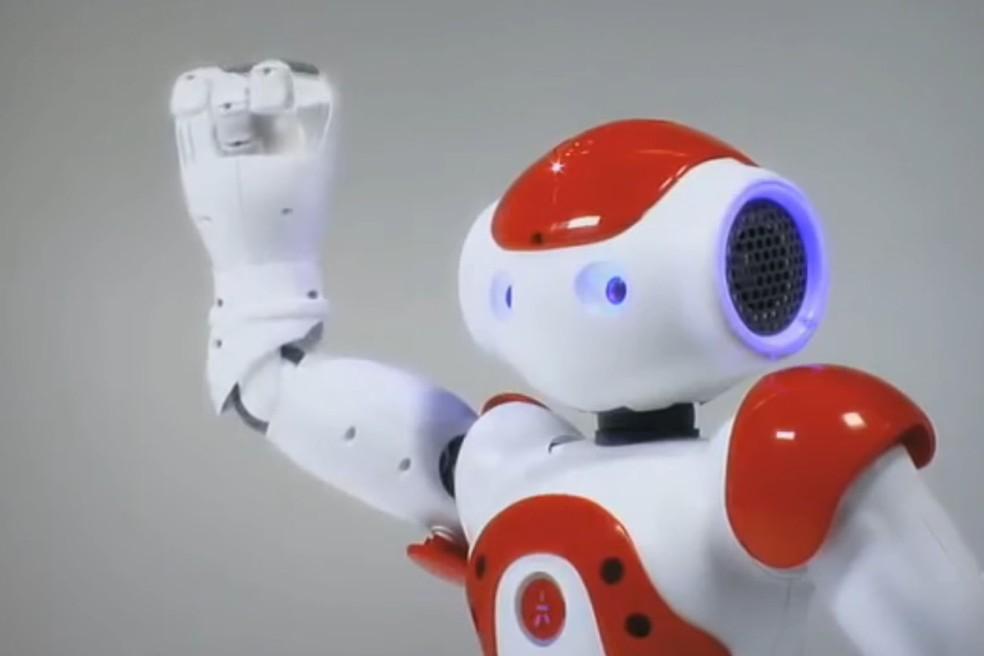 NAO robô ajuda no tratamento de jovens com autismo (Foto: Reprodução/Softbank Robotics)