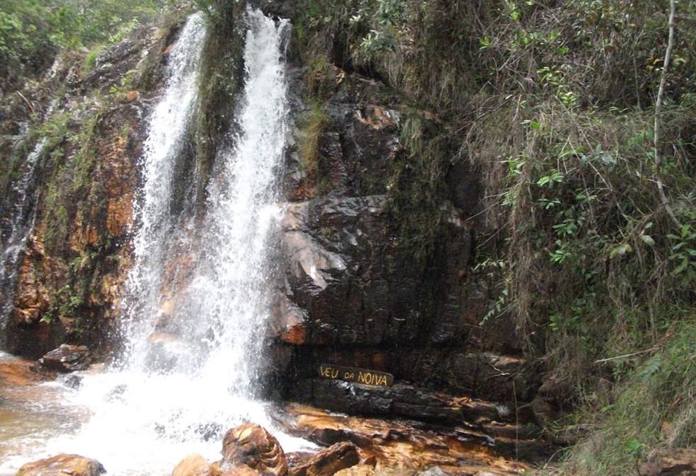 Cachoeira dos Cristais, em Alto Paraíso de Goiás, segue aberta para visitação (Foto: Elisângela Nascimento/G1)