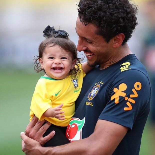 Marquinhos e a filha (Foto: Reprodução)