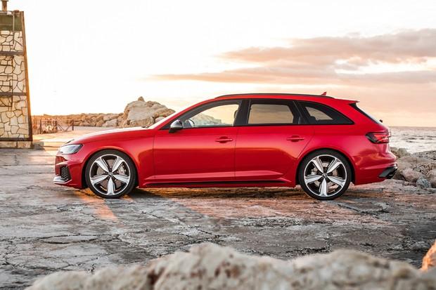 Para-lamas superlargos são característicos dos Audi esportivos desde o Sport Quattro (Foto: Divulgação)