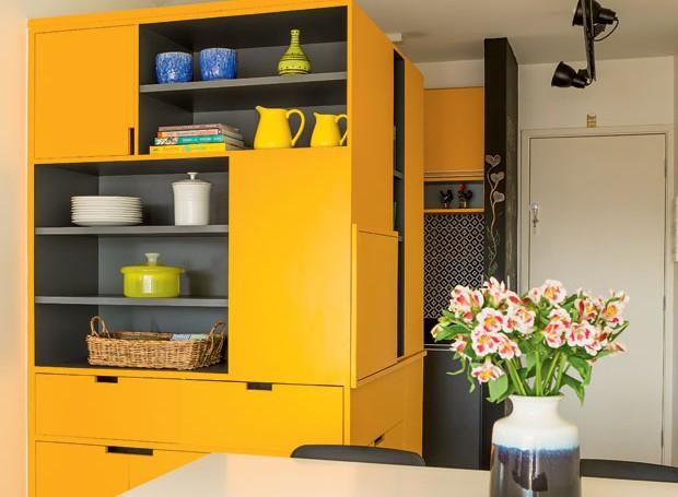 cozinha-amarelo-colorida-arquiteto-danilo-bocchini-fabiana-stuchi (Foto: Edu Castello/Editora Globo)