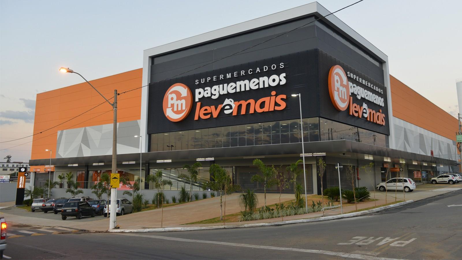 Supermercados Pague Menos contrata mais de cem pessoas em São João da Boa Vista