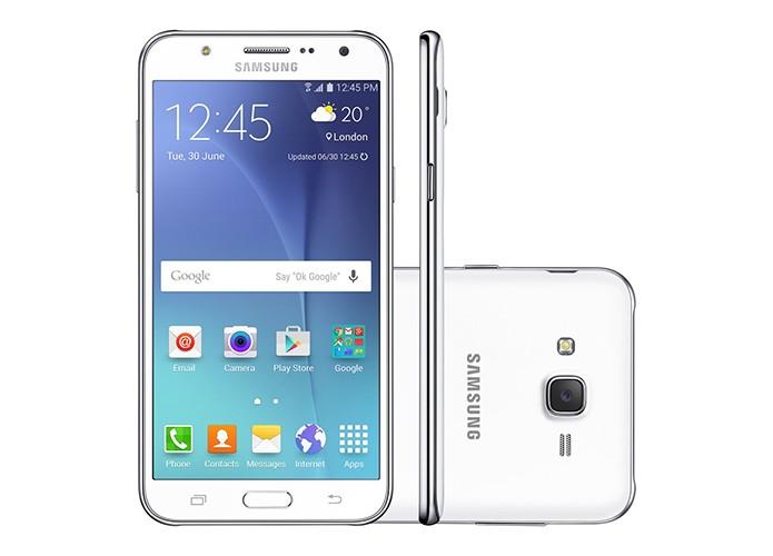 Galaxy J7 tem telão de 5,5 polegadas processador potente (Foto: Divulgação/Samsung) (Foto: Galaxy J7 tem telão de 5,5 polegadas processador potente (Foto: Divulgação/Samsung))