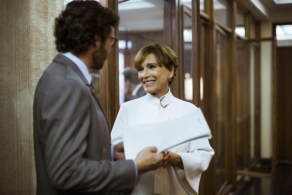 O contador da Amianto explica:  (Foto: Raphael Dias/Gshow)