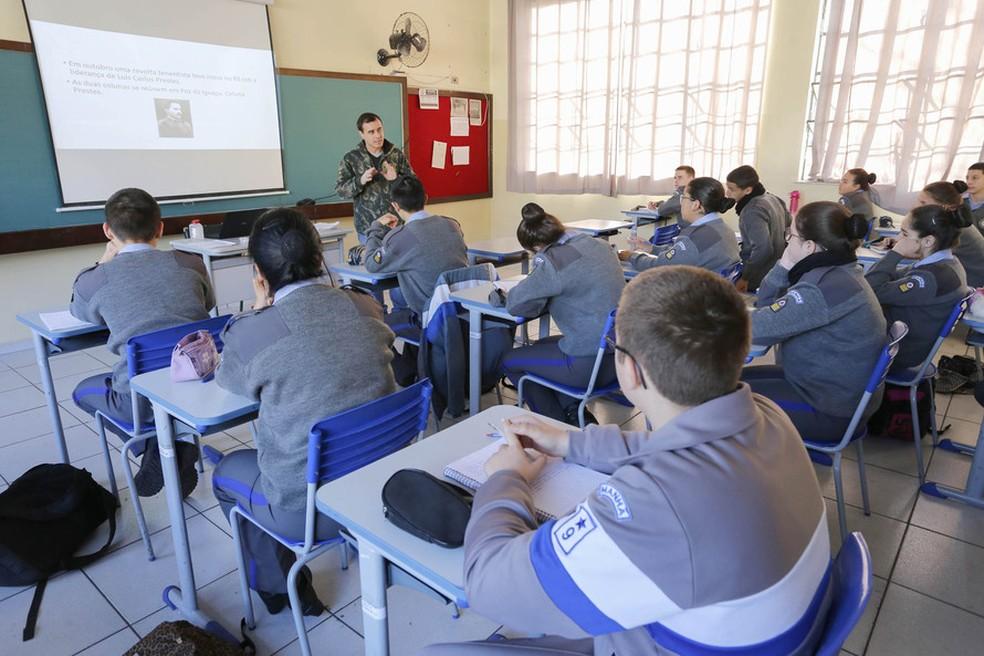 Inscrições para do Colégios da Polícia Militar terminam nesta quarta-(9), em cinco cidades do Paraná  — Foto: Arquivo/AEN