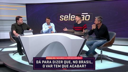 """Em debate sobre VAR, Luiz Carlos Jr. diz: """"Ser árbitro de futebol é uma profissão de maluco"""""""