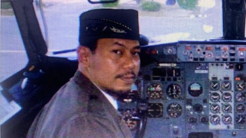 'Era um homem bom. Dava bons conselhos', diz o sobrinho do capitão Afwan — Foto: ENDAH/BBC