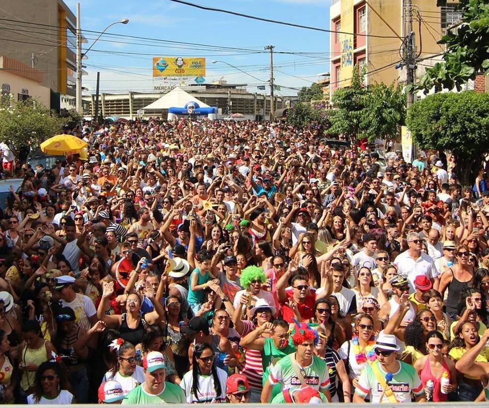 -  Em Divinópolis, o Bloco do Cléo é uma das atrações de pré-carnaval; na cidade, a festa é antecipada  Foto: Divulgação/Bloco do Cléo