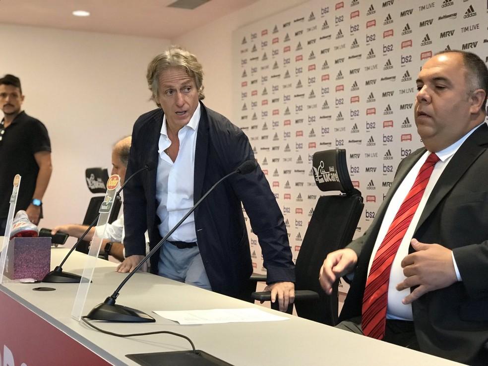 Jorge Jesus na sala de imprensa do Flamengo no Ninho do Urubu — Foto: Cahê Mota / GloboEsporte.com