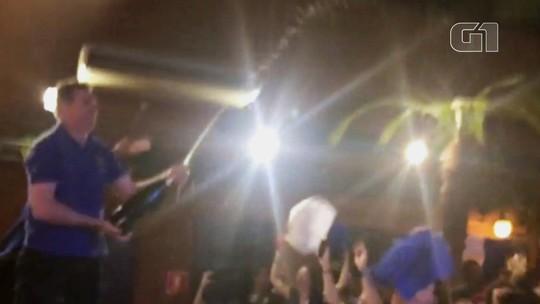 Festa em SP! Franceses celebram título com banho de champanhe