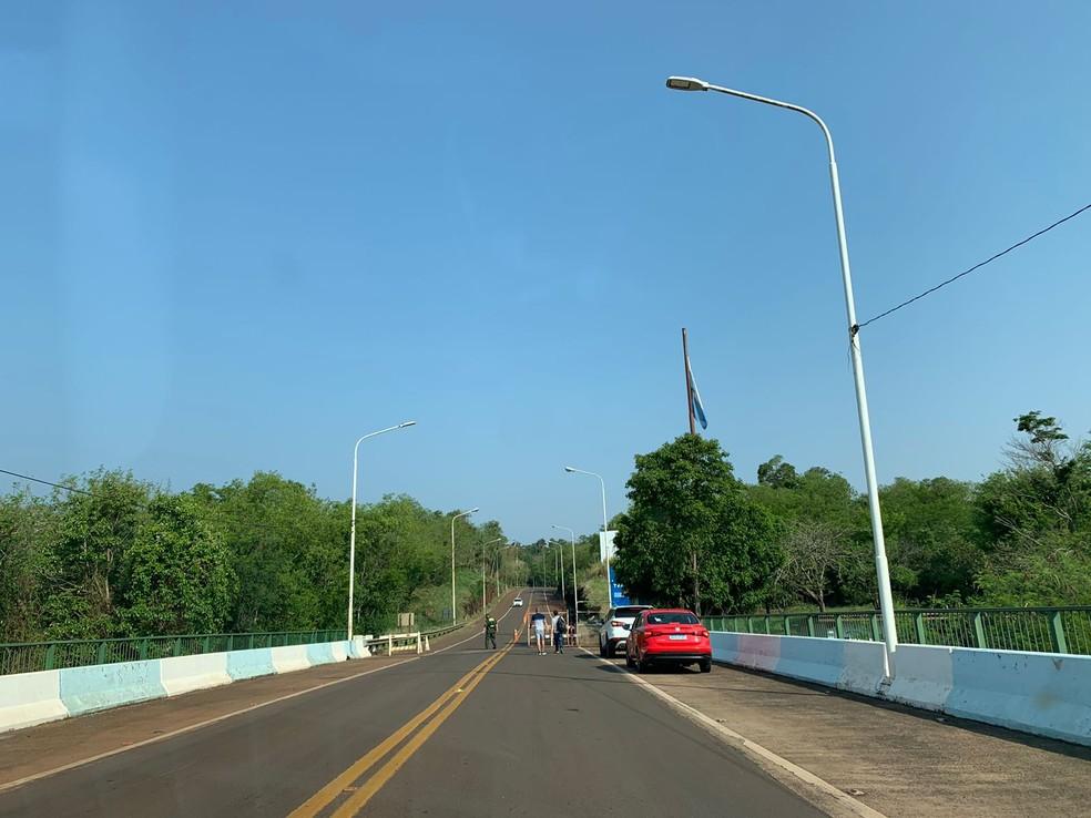 Fronteira foi reaberta de forma limitada nesta segunda (27), entre Foz do Iguaçu e Porto Iguaçu — Foto: Marcos Landim/RPC