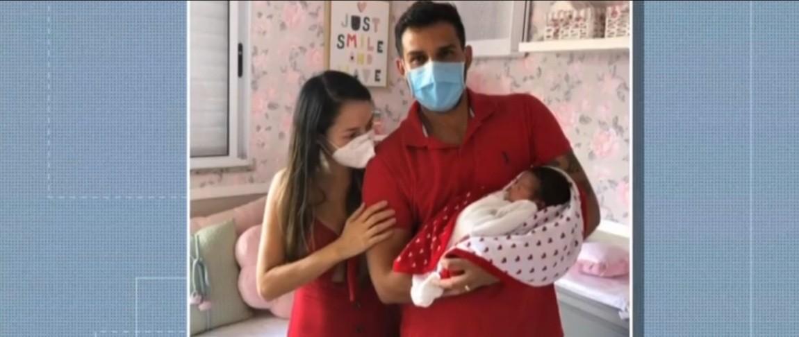 Mãe passa por parto de emergência, é intubada devido à Covid-19 e conhece a filha após 10 dias em Cuiabá