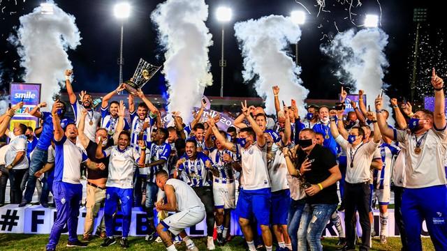 CSA comemora o 40º título alagoano em 2021