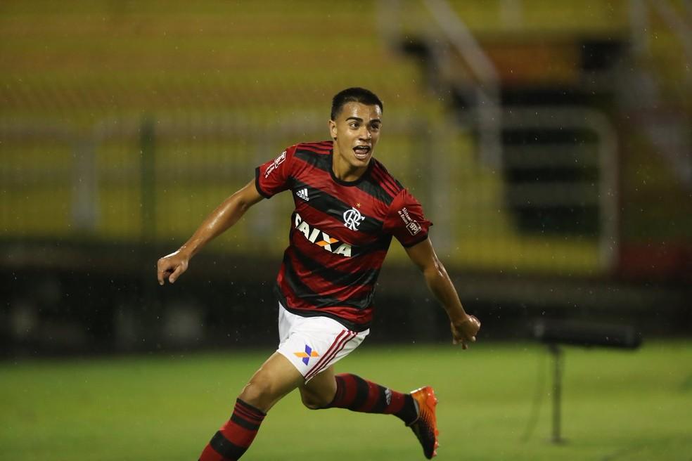 Após baixas, jovem será convocado — Foto: Divulgação/Flamengo