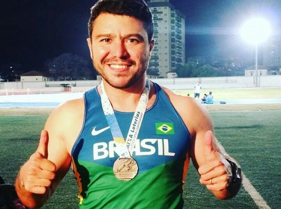 Cícero Tavares é campeão em três modalidades dos Jogos Paralímpicos Universitários (Foto: Divulgação)