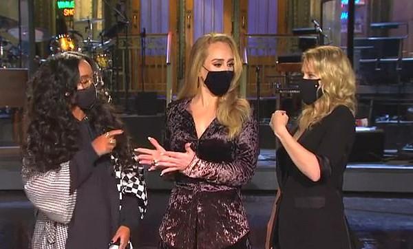 H.E.R., Adele, Kate McKinnon em promo do programa Saturday Night Live (Foto: Reprodução NBC)