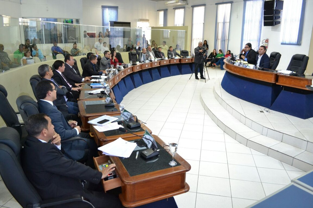 Câmara de Boa Vista aprova projeto para contratar mais de 200 servidores para Saúde; vereador critica proposta