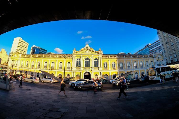 TCE suspende processo de concessão do Mercado Público de Porto Alegre