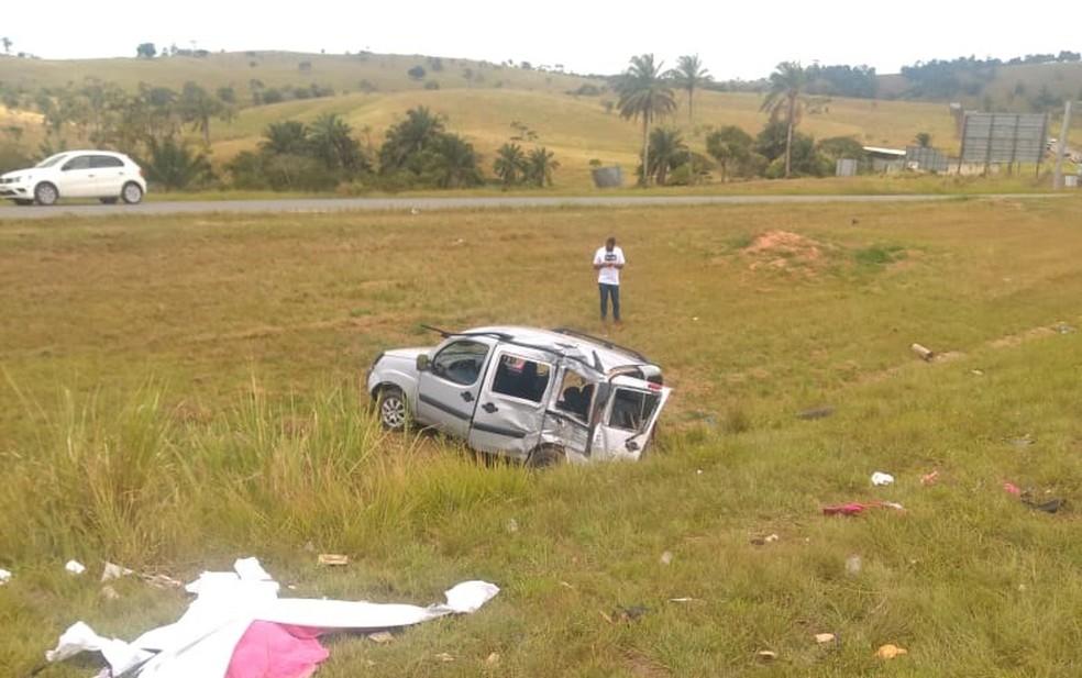 Acidente deixou uma pessoa morta e cinco feridas — Foto: Blog do Valente