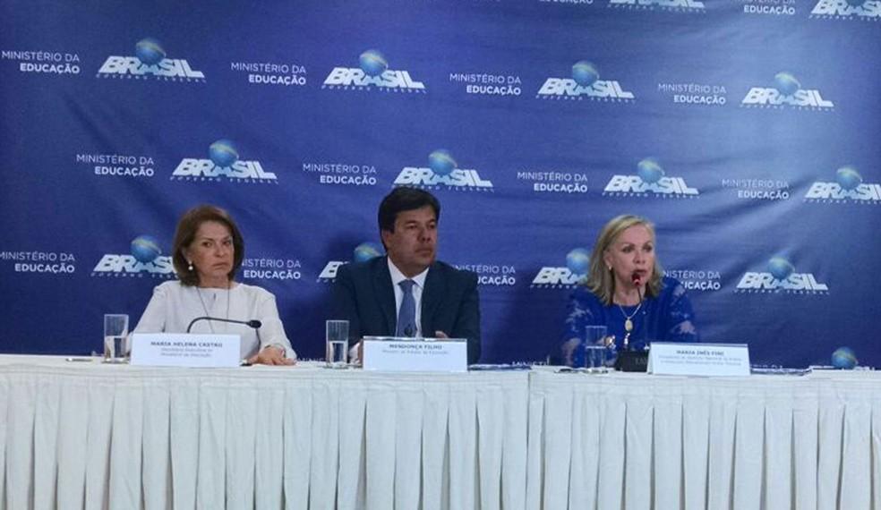 Maria Helena Guimarães, o ministro Mendonça Filho e a presidente do Inep, Maria Inês Fini (Foto: Bianca Marinho/ G1)