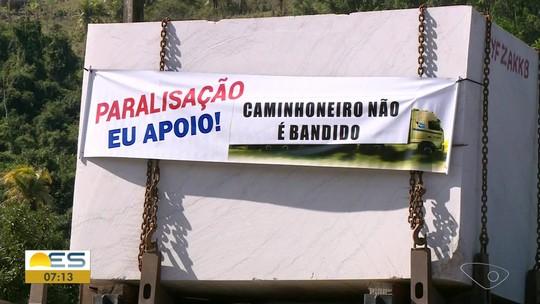 Caminhoneiros do setor de rochas fazem greve na região Sul do ES