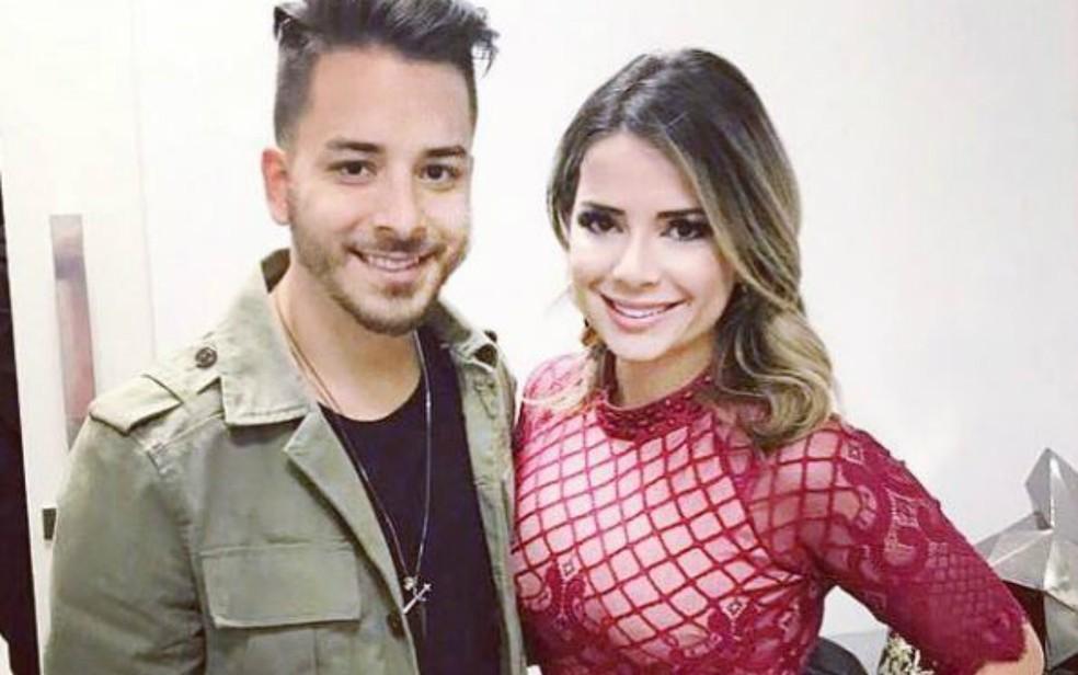 O cantor Junior Lima e a cover Natiare Azevedo — Foto: Arquivo Pessoal