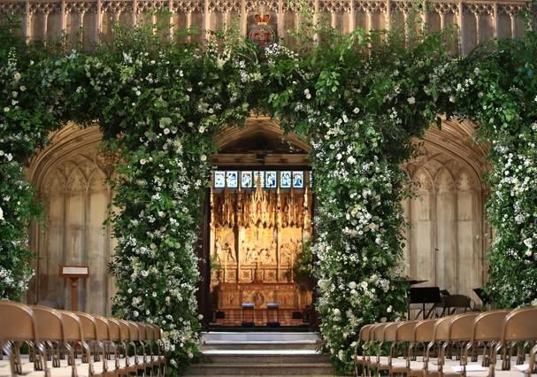 Flores em frente à capela St. George (Foto: Getty Images)
