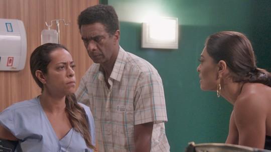 Dorinha acorda do coma e diz que seu nome é Carolina Castilho!