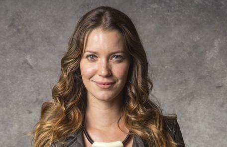 Nathalia Dill interpretará a irmã de Paolla Oliveira. A personagem será criada por uma outra família, longe da irmã Marília Cabral/TV Globo