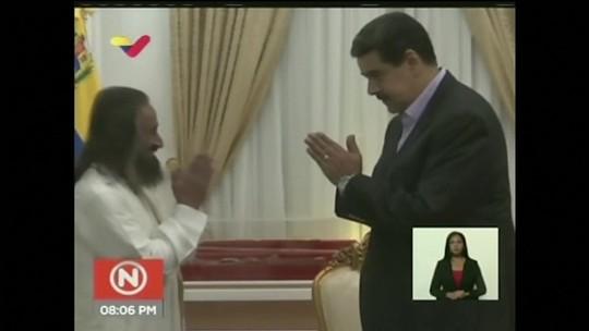 Ariel Palacios: Maduro pede ajuda de guru indiano para enfrentar crise