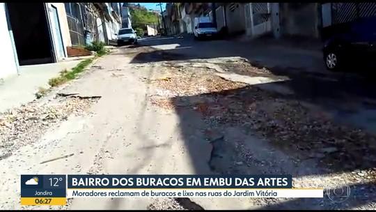 Moradores reclamam de buracos e lixo em bairro de Embu das Artes