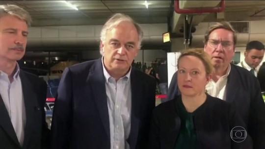 Venezuela expulsa europeus que se reuniriam com Guaidó